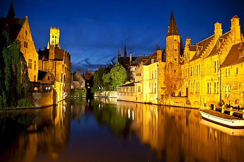 Rozenhoedkaai, Quay of the rosary with Belfort tower, Bruges, Brugge, UNESCO World Heritage Site, Flanders, Belgium, Europe