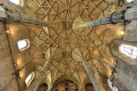Vaulted ceiling, Santa Maria Church, Mosteiro dos Jeronimos, Hieronymites Monastery, Unesco World Heritage Site, Belem district, Lisbon, Portugal, Europe