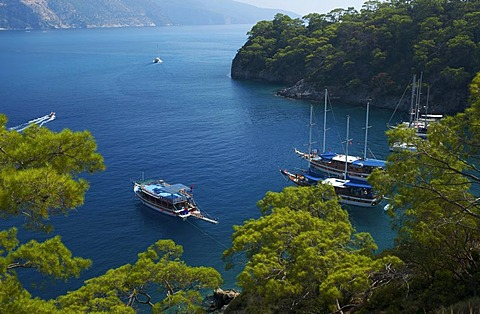Excursion boats, Blaue Reise boat in Oeluedeniz near Fethiye, Turkish Aegean Coast, Turkey