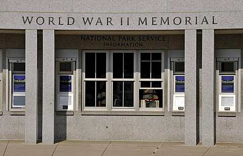 Information office of the National Park Service, operators of the National World War II Memorial, WWII Memorial or Second World War Memorial, Washington DC, District of Columbia, United States of America, PublicGround
