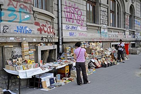 Book seller, street trading, university, Bucharest, Romania, Eastern Europe, Europe, PublicGround