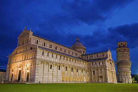 The Cathedral and the Leaning Tower at the Piazza del Duomo or Piazza dei Miracoli, Square of Miracles, blue hour, Pisa, Tuscany, Italy, Europe