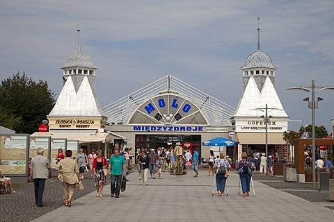 Pier, seaside resort of Mi&dzyzdroje or Misdroy, Wolin Island, Baltic Sea, Western Pomerania, Poland, Europe, PublicGround
