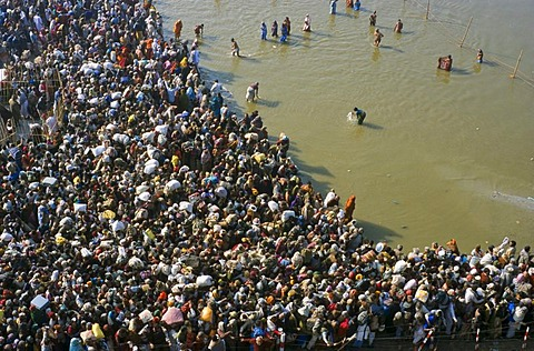Millions waiting to take Maha Snan, the spiritually cleaning dip in the water at the confluence of the Rivers Ganges, Yamuna and Saraswati in Allahabad, Uttar Pradesh, India, Asia