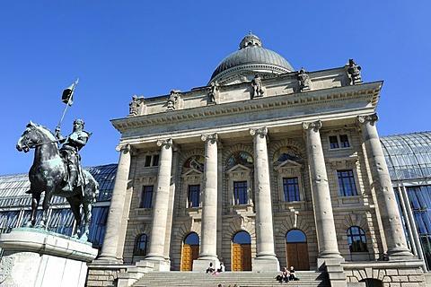 Equestrian statue of Otto of Wittelsbach, Duke of Bavaria, Bayerische Staatskanzlei, Bavarian State Chancellery, Hofgarten garden, Munich, Bavaria, Germany, Europe