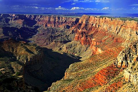 Navajo Point at sunset, South Rim, Grand Canyon National Park, Arizona, USA