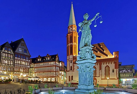 Roemerberg square with the Fountain of Justice or Justitia Fountain with a bronze statue of Justitia in front of St. Nicholas Church, Roemer, Frankfurt am Main, Hesse, Germany, Europe, PublicGround