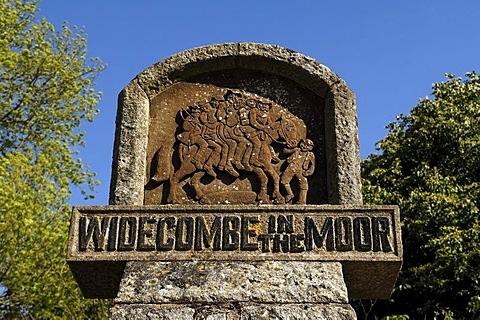 Widecombe Fair monument, dedicated in 1948, Widecombe-in-the-Moor, Dartmoor National Park, Devon, England, United Kingdom, Europe