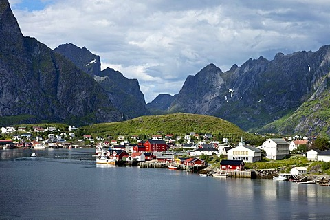 Reine village, Moskenesoya, Lofoten, Northern Norway, Norway, Scandinavia, Europe