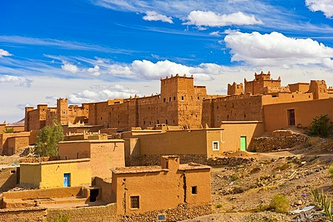 Houses and kasbahs, mud fortresses, residential castles of the Berbers, Tighremt, Nekob, southern Morocco, Morocco, Africa