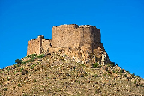 Fortified granary, Agadir Tasguent, on a cliff top, Anti-Atlas Mountains, southern Morocco, Morocco, Africa