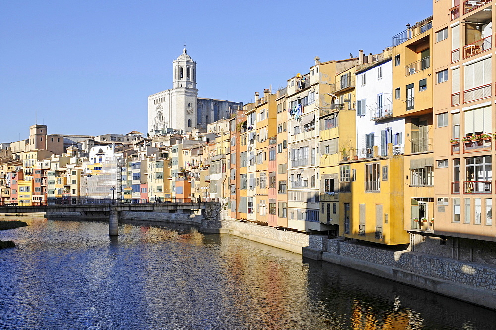Riu Onyar river, colorful houses, Saint Mary's Cathedral, Girona, Catalonia, Spain, Europe