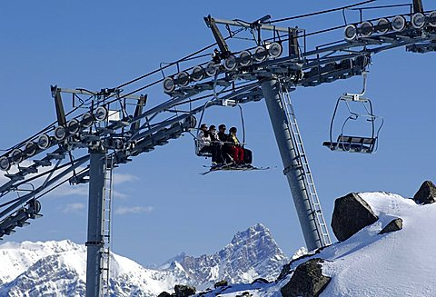 Ski lift, Trois Vallees, Haute-Savoie France