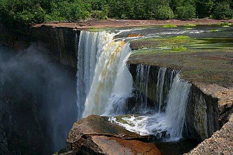Kaieteur Waterfalls, Potaro National Park, Guyana, South America