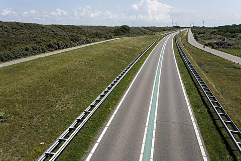 Street with a green median strip, traffic free, Veerse Dam between Walcheren and Noord-Beveland, Zeeland, Netherlands, Europe