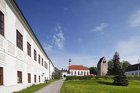 Monastery church with gatehouse, Benedictine monastery Kloster Wessobrunn, Pfaffenwinkel, Upper Bavaria, Bavaria, Germany, Europe