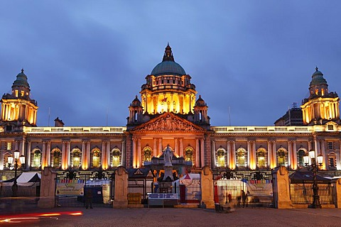 City Hall with statue of Queen Victoria, Belfast, Northern Ireland, Ireland, Great Britain, Europe, PublicGround