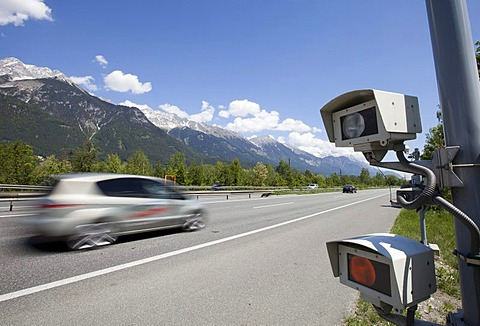 Speeding driver, radar speed control camera on the Inn Valley motorway A12 in the direction of Kufstein shortly before Innsbruck, Austria, Europe
