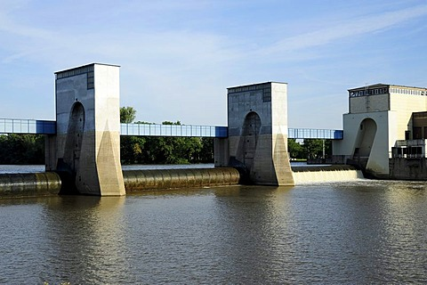 Electricity generation by hydraulic power at the Griesheim barrage, dam with sluice, Frankfurt am Main, Hesse, Germany, Europe