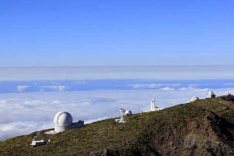 Roque de los Muchachos Mountain, view from the peak of a cloud cover, observatory, Observatorio del Roque de los Muchachos, ORM, volcanic island of La Palma, La Isla Verde, La Isla Bonita, Canary Islands, Islas Canarias, Spain, Europe