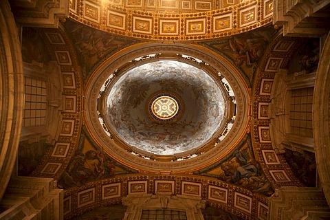 Dome in St. Peter's Basilica, Vatican City, Rome, Lazio, Italy, Europe
