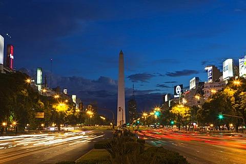 Obelisco de Buenos Aires, obelisk, Buenos Aires landmark, Plaza de la Republica, intersection of avenues Corrientes and 9 de Julio, Buenos Aires, Argentina, South America