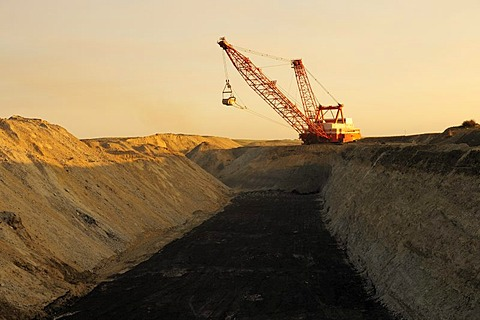 Coal mining, open cast mining with a crane in Coronach, Saskatchewan, Canada
