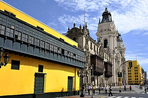 Cathedral and Archbishop's Palace at the Plaza Mayor or Plaza de Armas, Lima, UNESCO World Heritage Site, Peru, South America