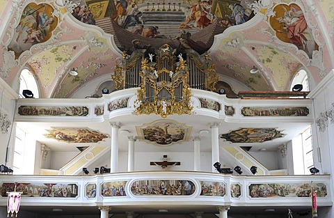 Organ in the Church of St. Peter and Paul, Oberammergau, Upper Bavaria, Bavaria, Germany, Europe