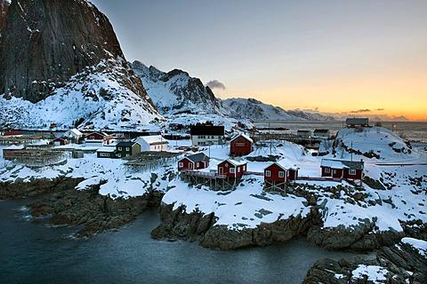 Rorbuer, traditional wooden cabins, Reine, Island of Moskenesoya, Lofoten Islands, North Norway, Norway, Europe