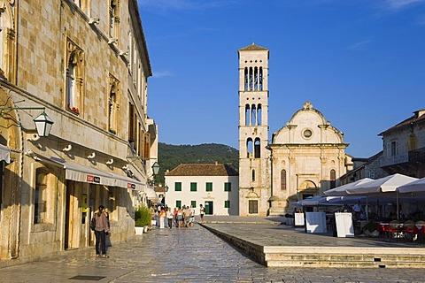 St. Stephen's Square, Sveti Stjepan Cathedral, town of Hvar, Hvar Island, Dalmatia, Croatia, Europe