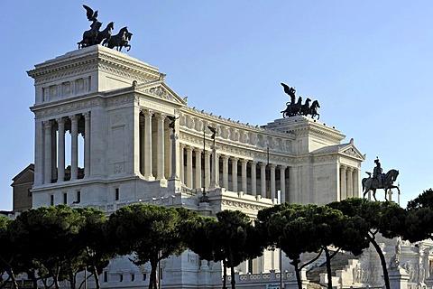 National Memorial to King Vittorio Emanuele II, Vittoriano or Altare della Patria, Rome, Lazio, Italy, Europe
