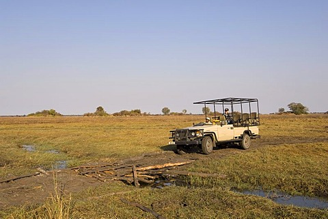 Safari jeep, Busanga Plains, Kafue National Park, Zambia, Africa
