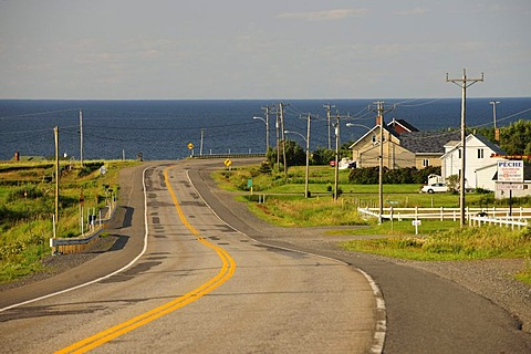 Road along the St. Lawrence River near Grosses-Roches, Gaspe Peninsula, Gaspesie, Quebec, Canada