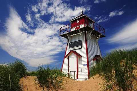 Lighthouse on Brackley Beach, Prince Edward Island National Park, Prince Edward Island, Canada, North America