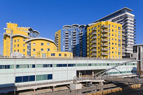 Crown Heights, Skyline Plaza, Churchill Way Bridge, Basingstoke, Hampshire, England, United Kingdom, Europe