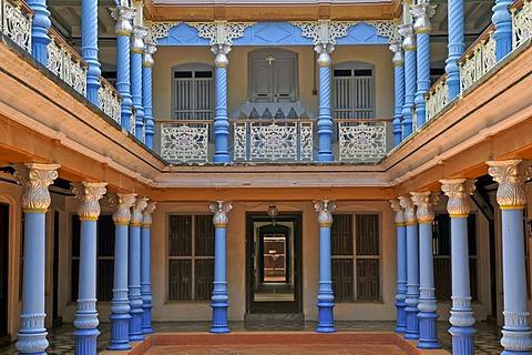 Courtyard of a villa in Chettinad, Tamil Nadu, India, South India, Asia