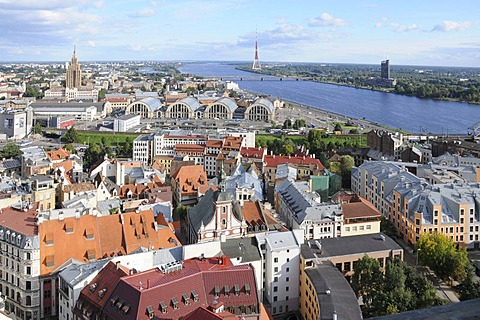 View of Riga, historic district, Daugava River, Latvia, Baltic states, Northern Europe