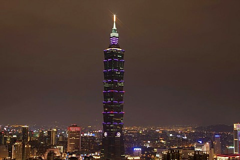 Taipei 101 Tower at night, Taipei, Taiwan, China, Asia