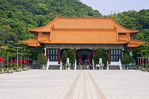 Temple complex at the Memorial Monument in Taipei, Taiwan, China, Asia