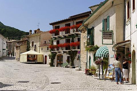 Civitella Alfedana, Abruzzi National Park, province of L'Aquila, Apennines, Abruzzo, Italy, Europe