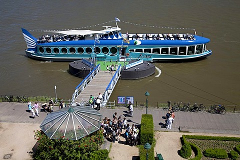 Bonner Personen-Schifffahrt shipping company, passenger ship, pier, Moby Dick, bank of the Rhine River, Bonn, Rhineland region, North Rhine-Westphalia, Germany, Europe