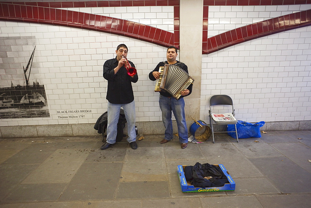 Buskers under Blackfriars Bridge, South Bank, London, England, United Kingdom, Europe