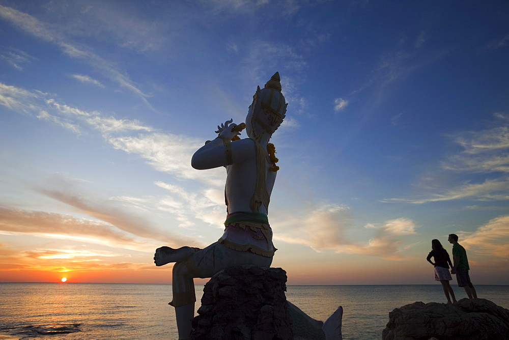 Flute player statue, Saikaew Beach, Ko Samet, Thailand, Southeast Asia, Asia