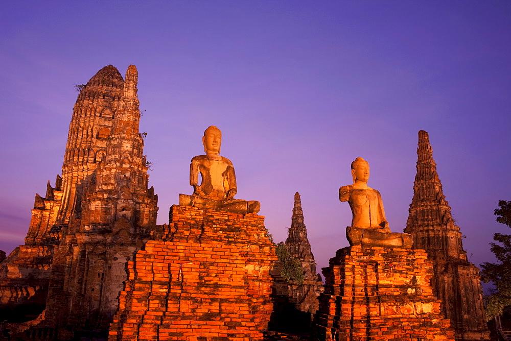 Wat Chai Wattanaram at dusk, UNESCO World Heritage Site, Ayutthaya Historical Park, Ayutthaya, Thailand, Southeast Asia, Asia