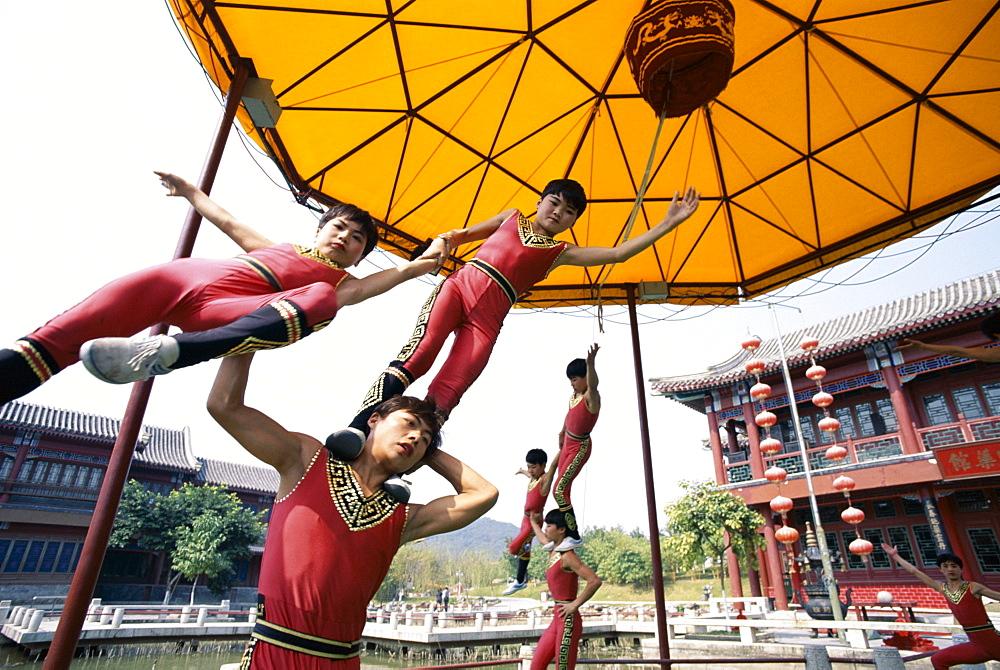 Children performing acrobatics, Shanghai, China, Asia - 834-1889