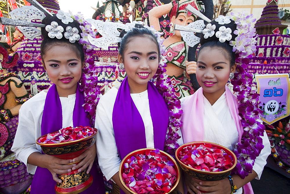 Children in traditional Thai dress, Chiang Mai Flower Festival, Chiangmai, Thailand, Southeast Asia, Asia