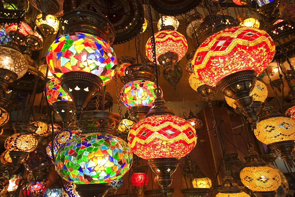 Glass lamp shop display, Grand Bazaar, Sultanahmet, Istanbul, Turkey, Europe