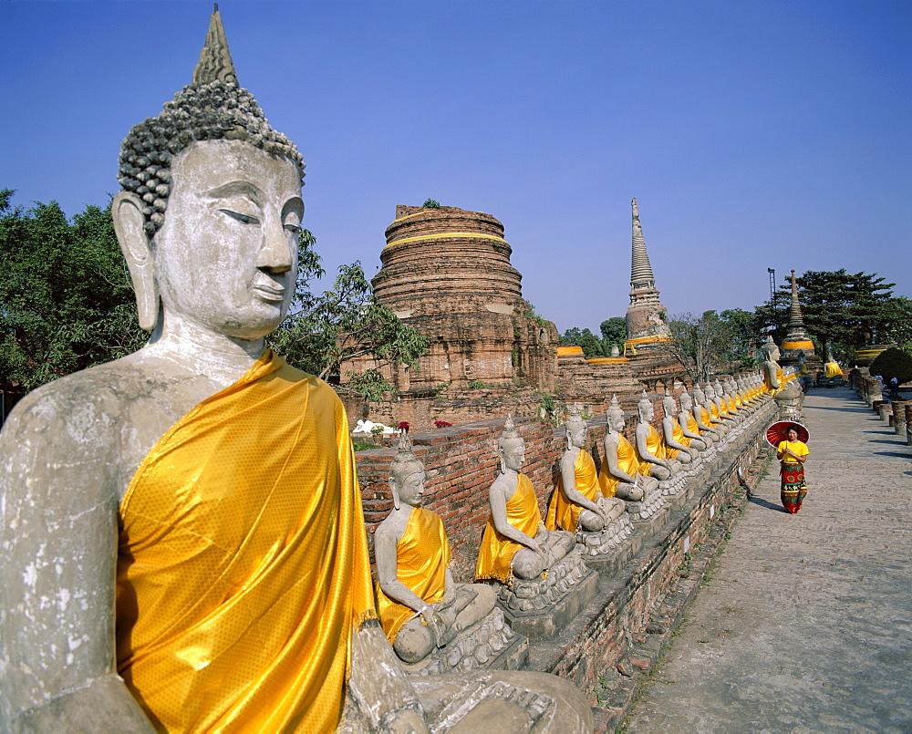 Line of Buddha statues, Wat Yai Chai Mongkhon, Ayutthaya, UNESCO World Heritage Site, Thailand, Southeast Asia, Asia