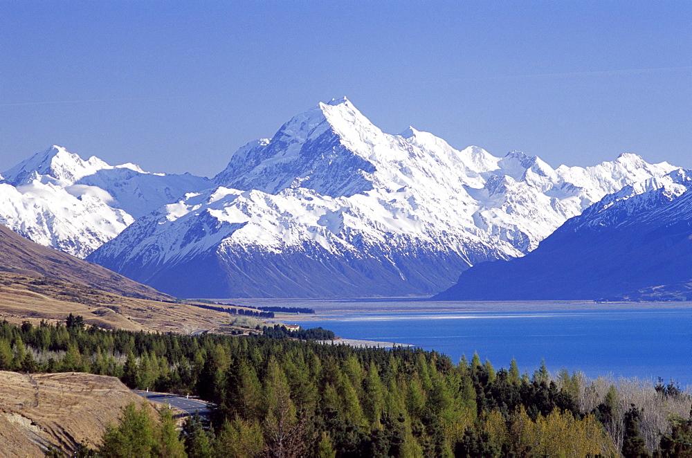 Lake Pukaki, Mount Cook, The Southern Alps, Pukaki, South Island, New Zealand, Pacific